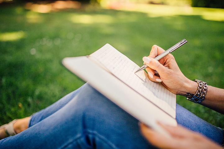 【徹底解説】夢をノートの作り方。夢ノートを書くことの5つのメリット。